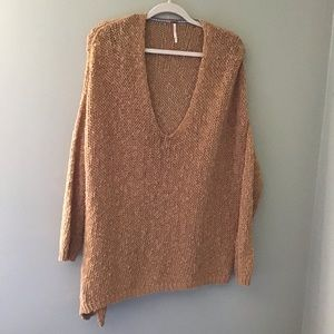 FREE PEOPLE | ASYMMETRICAL PLUNGING NECKLINE.EUC